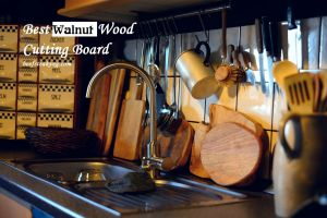 The Best Walnut Wood Cutting Board Reviews of 2020